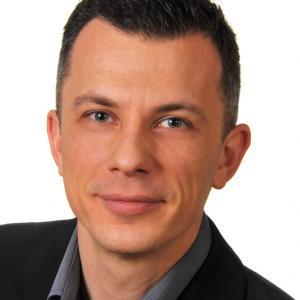 Profile picture for user Ivan Raszl