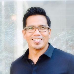 Profile picture for user Michael Vitug